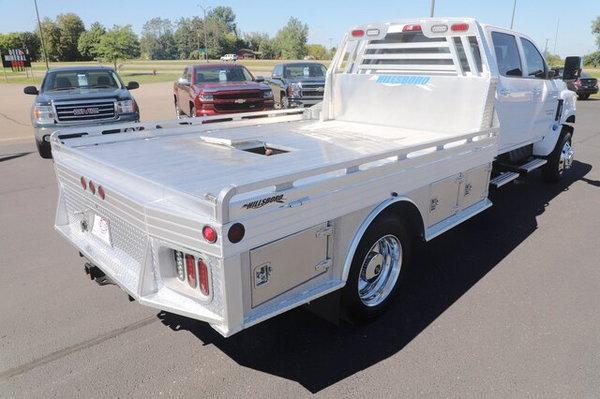 2020 Chevy 5500 MD Crew Cab