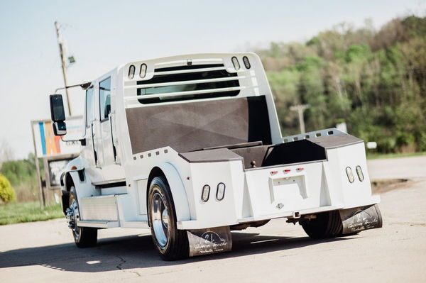 INTERNATIONAL 4400 2L CUSTOM CONVERSION HAULER  for Sale $57,500