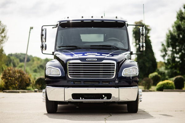 2007 FREIGHTLINER P2 SPORT CHASSIS  for Sale $72,500