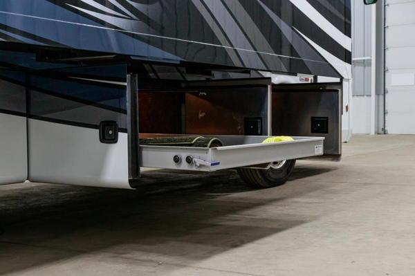 New 2019 Berkshire XL 40D 1.5 bath Class A Diesel Pusher