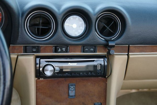 1988 Mercedes-Benz 560 Series  for Sale $0