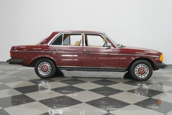 1983 Mercedes-Benz 240D  for Sale $18,995