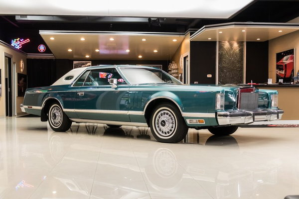 1979 Lincoln Continental Mark V  for Sale $27,900
