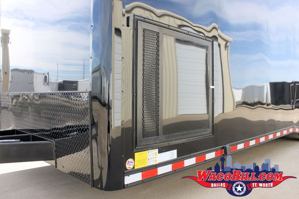 USED 32' Black-Out X-Height Auto Master Wacobil.com
