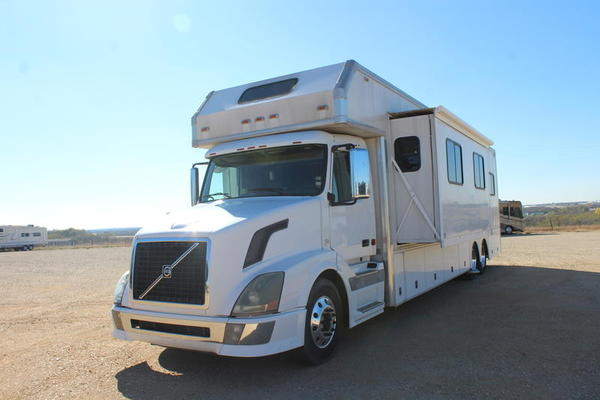 2007 Renegade-Road House 45 Opposing Slides  for Sale $144,998
