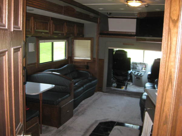 2008 Renegade 3300XM , 30' Renegade Stacker Trailer  for Sale $209,900