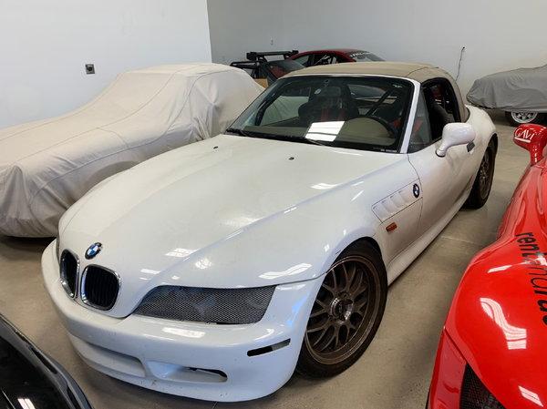 1996 BMW Z3 1.9  for Sale $8,500