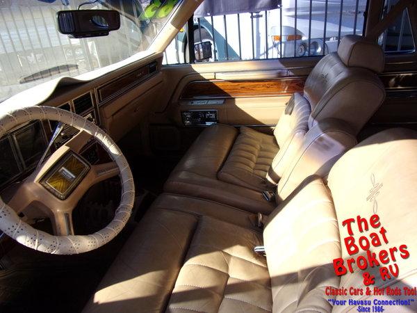 1983  lincoln   Continental Mark VI  for Sale $9,995