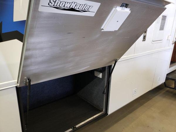 2008 Showhauler Garage Unit  for Sale $115,000