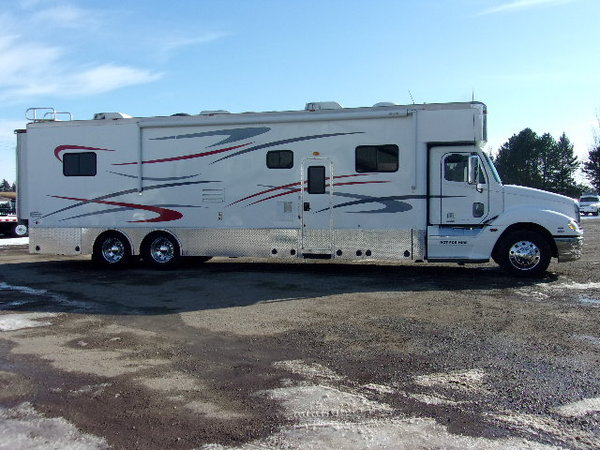 2007 Optima 43' motorhome