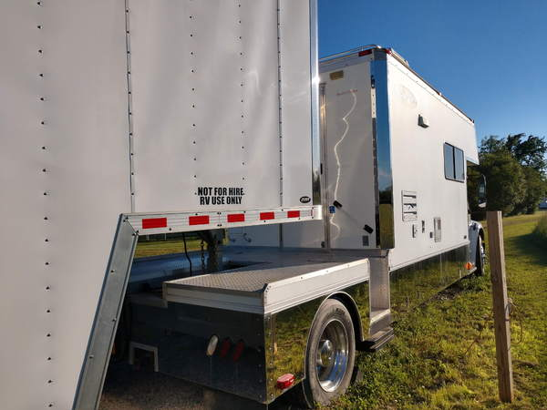 2006 Renegade Toter Stacker Combo  for Sale $100,000