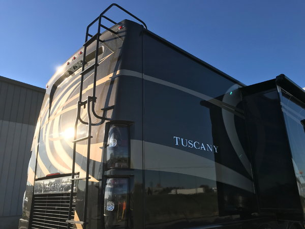 2015 Tuscany 45AT 450HP