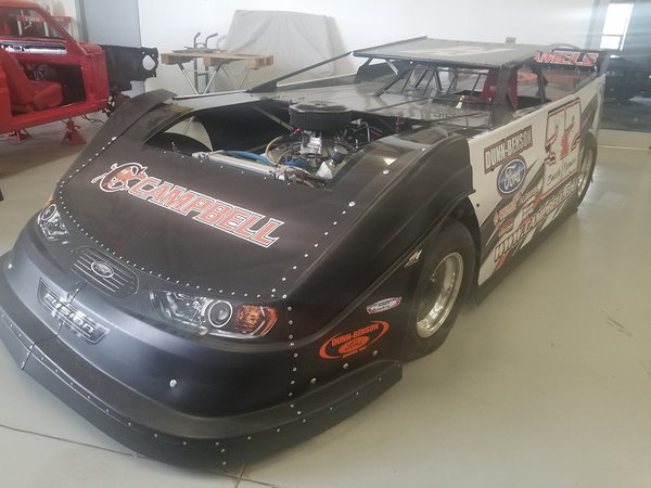 Mastersbilt Smack Down Chassis with Roush/Yates 362 Engine   for Sale $20,000