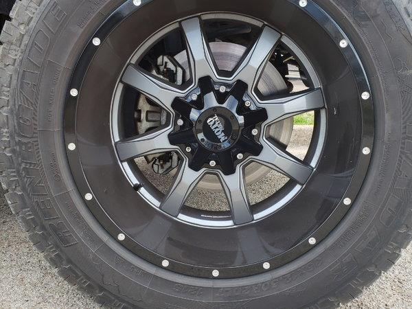 20x12 mo820 moto metal wheels  for Sale $700