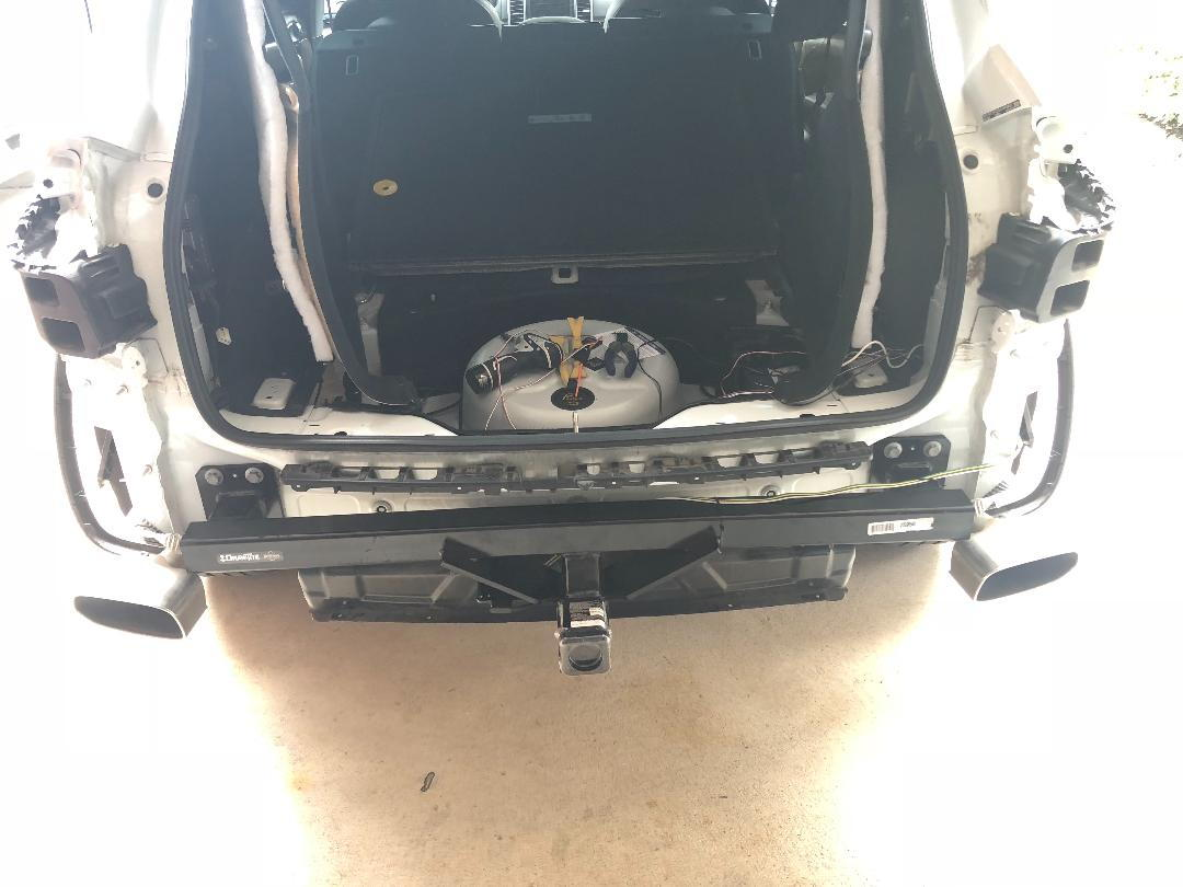 958 Cayenne Diy Aftermarket Trailer Hitch Receiver Installation Porsche Wiring Harness Link Https Etrailercom Custom Fit Leid201646581