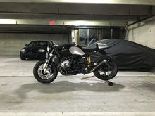 Older pic of my R NineT when I lived in Charlotte and my old 981 GTS under wraps behind it. This is the forever bike for me. Alpina Wheels, full Ohlins suspension, Rizoma clip-ons, rearsets, lights, and plate hangar. Remus headers with AC Schnitzer silencer.
