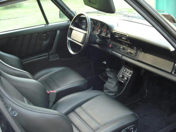 """Two of my prerequisite options in the """"great 930 search"""" were sport seats and LSD.  Believe it or not, it was actually a bit of a pain to find them both on a low mileage example.  I'm not sure why you would order the automotive equivalent of the space shuttle in the 80s and be cheap enough to not tick the box for these two items... but apparently that's exactly what most original owners did back then.  Idiots."""