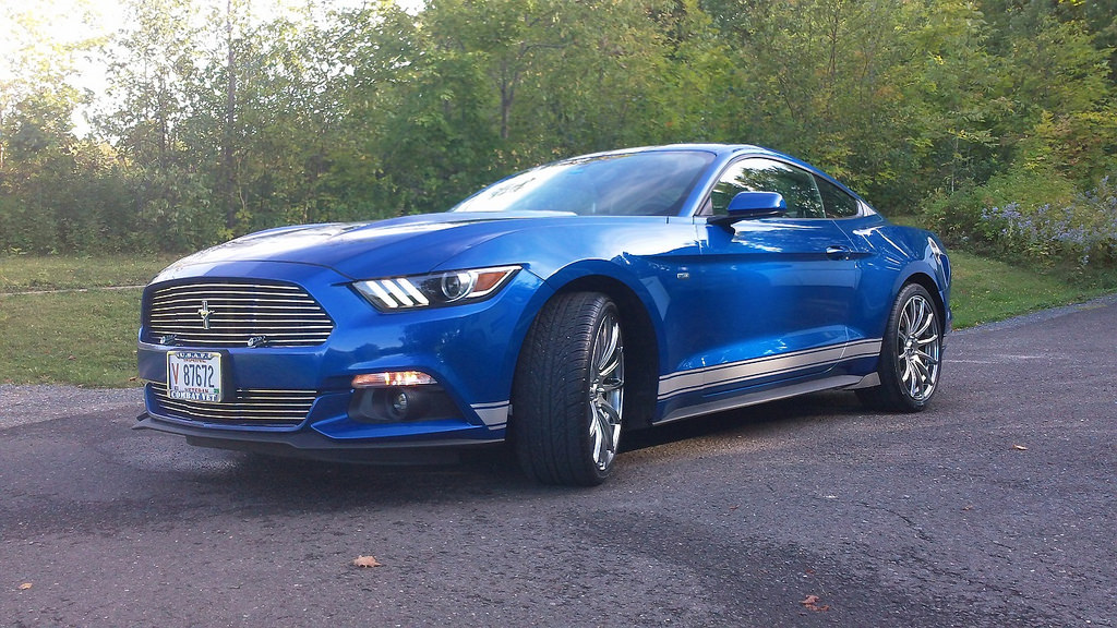 Lightning Blue Mustang >> 2017 Mustang Gt Lightning Blue The Mustang Source Ford