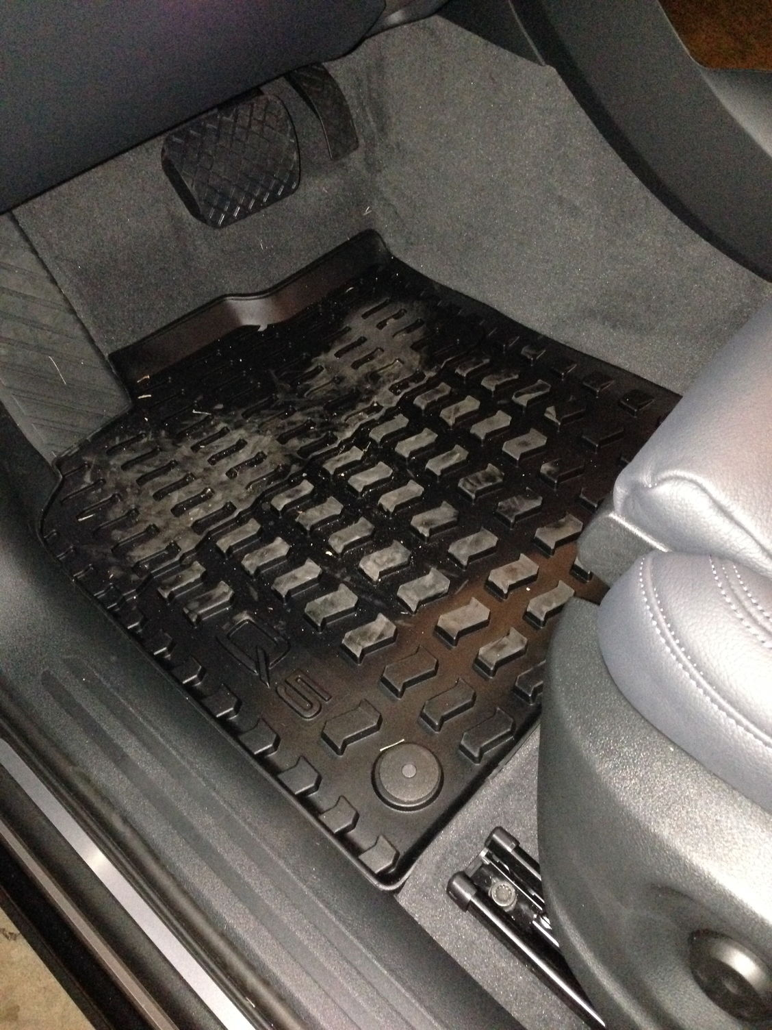 Weathertech floor mats audi q5 -  Audi Mats And Weathertech Mats Is Pretty Comparable After Seeing The Dirt On These Mats After Just A Week Or So I M Glad I Have Them And Can Wash Them