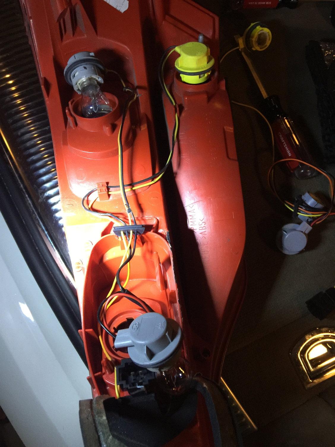 Audi Q7 Headlight Wiring Harnes
