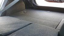 Subaru Legacy 2.5i Sport trunk