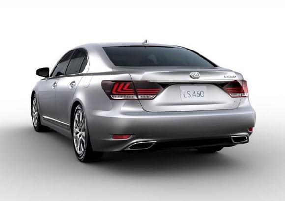 2013 Lexus LS 460 004