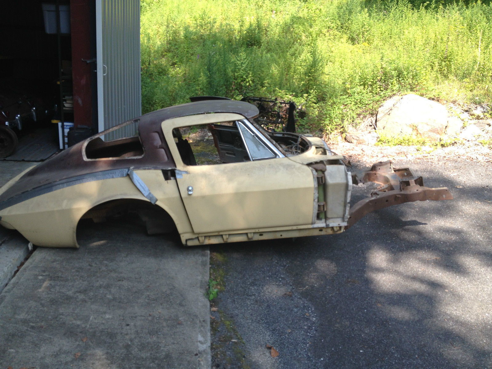 How many 39 63 roadsters split window coupes left page for 1963 split window corvette project for sale