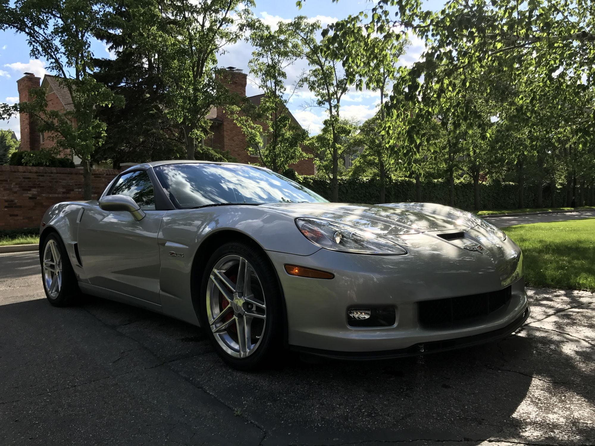 fs for sale 2006 z06 2lt 5k miles corvetteforum chevrolet corvette forum discussion. Black Bedroom Furniture Sets. Home Design Ideas