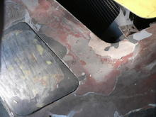 A before pic of the surround area showing break and dropped front end causing poor hood alignment at the front.
