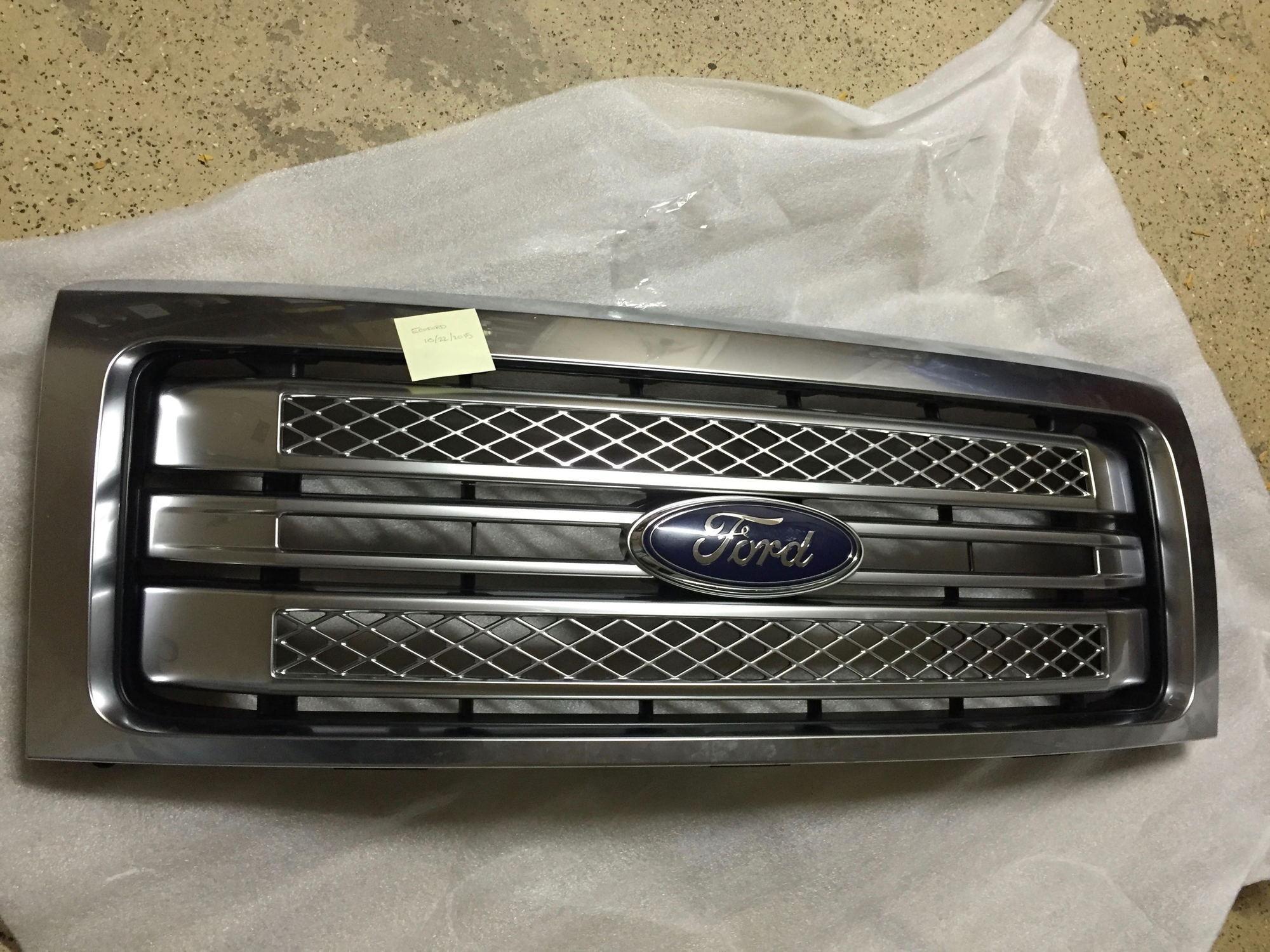 Northeast 2013-2014 F150 Platinum Grill - Ford F150 Forum ...