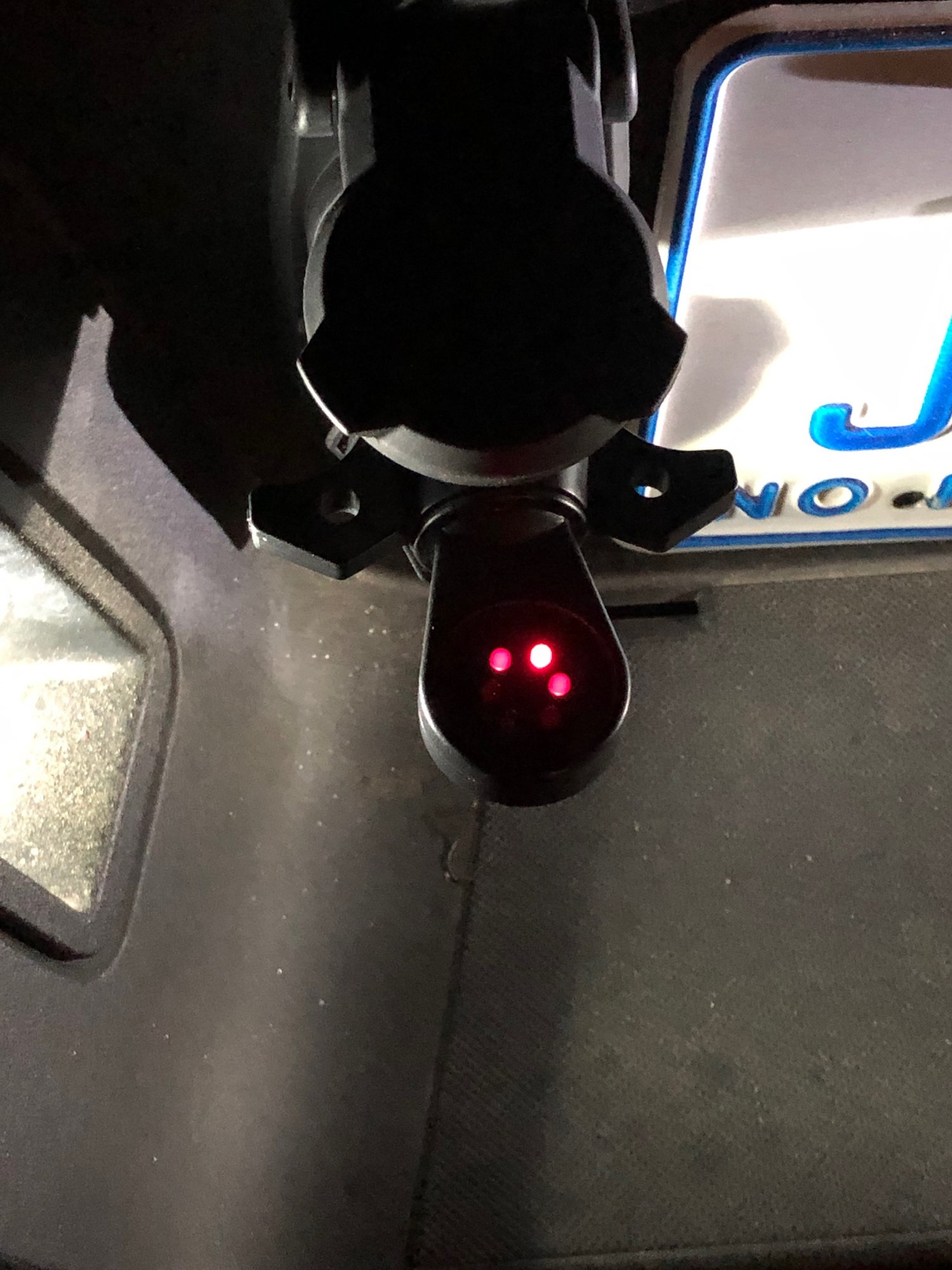 Why Does Trailer Light Connection Always Have Power To Running Lights Pin  - Page 2