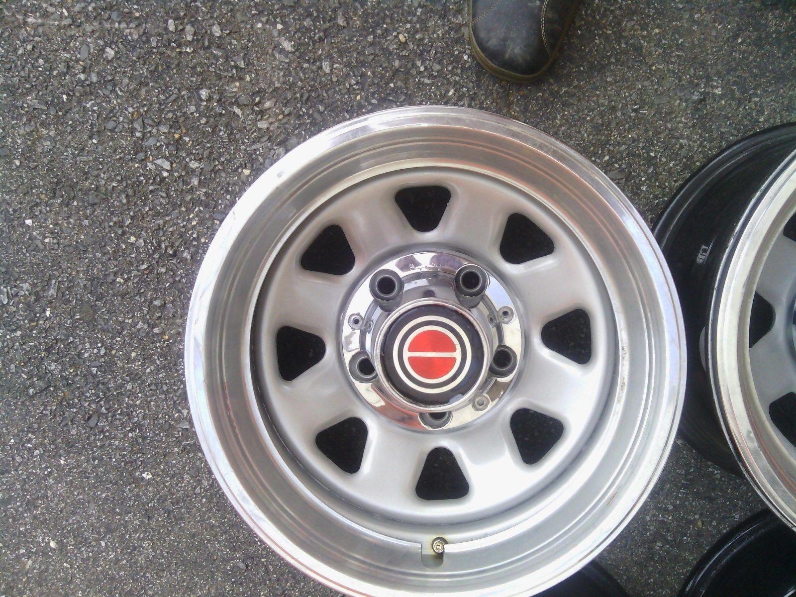 Wagon Wheels E Ddaadc B Baefe B B on 1996 Bronco Red