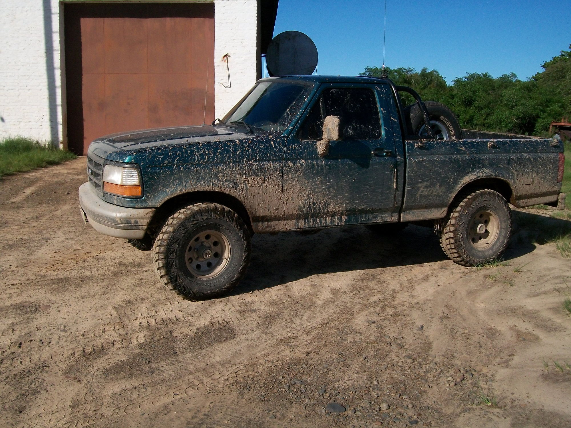 My truck after i amuse myself with him in the mud