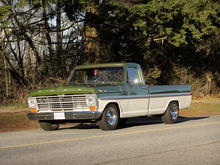 Ford F100 Front Quarter