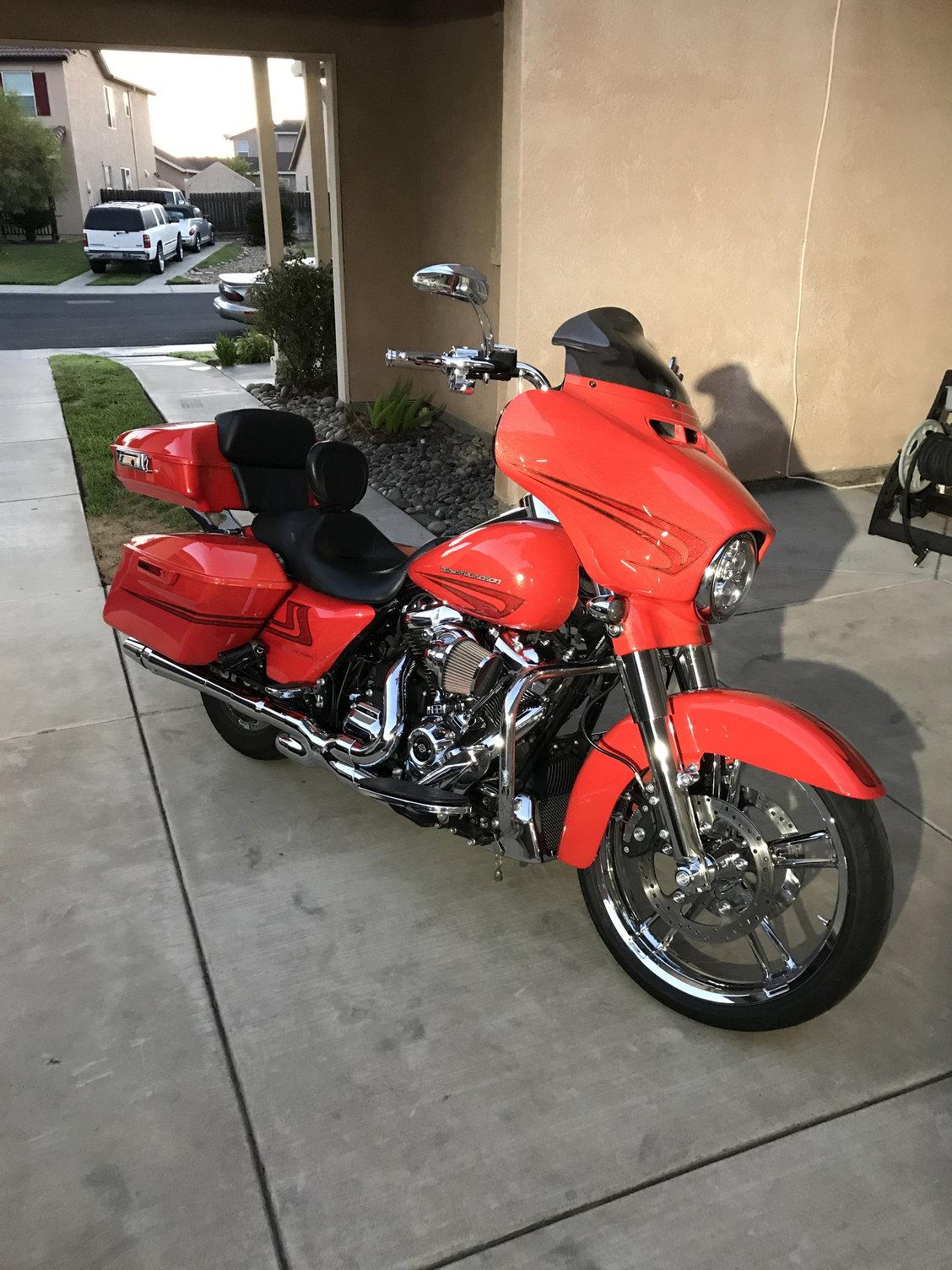 Oil cooler fan cooled - Harley Davidson Forums