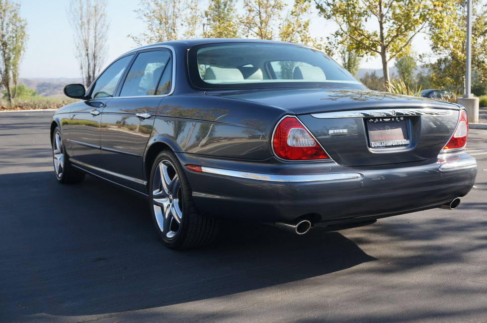Fs Western Us 2005 Xj8l 44 070 Mile Socal Two Owner