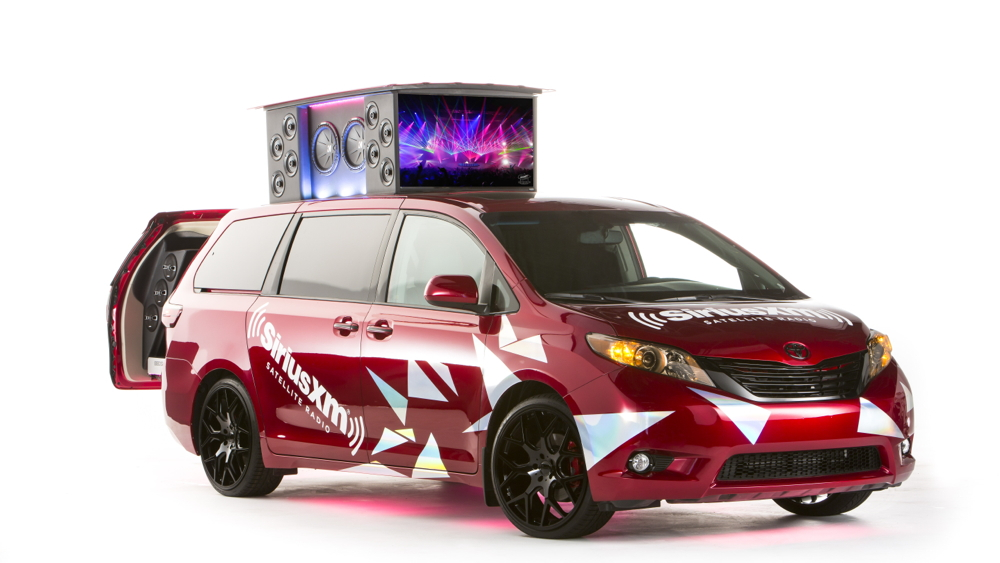 2015 Toyota Sienna:Remix, SEMA 2014