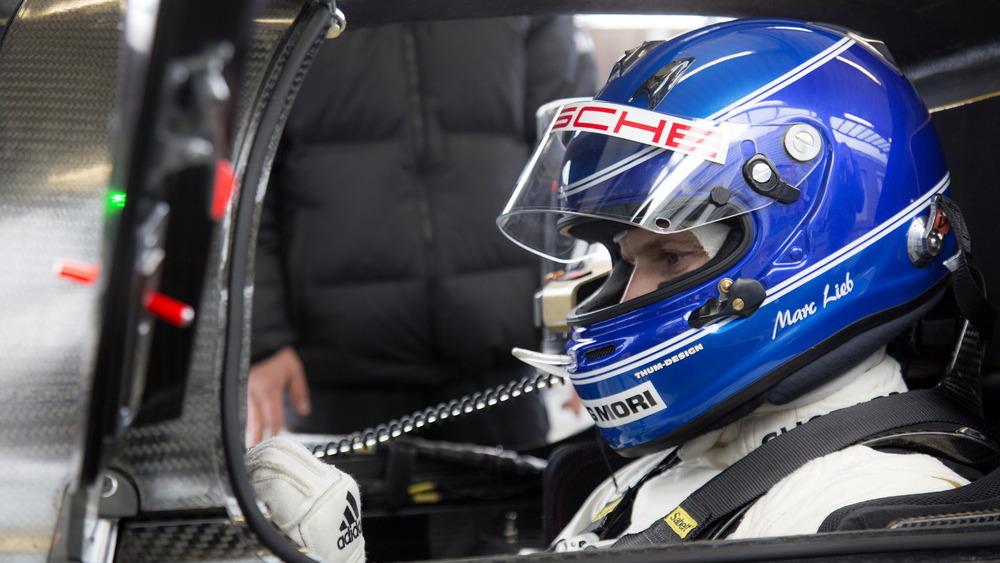 2015 Porsche 919 Hybrid Race Car