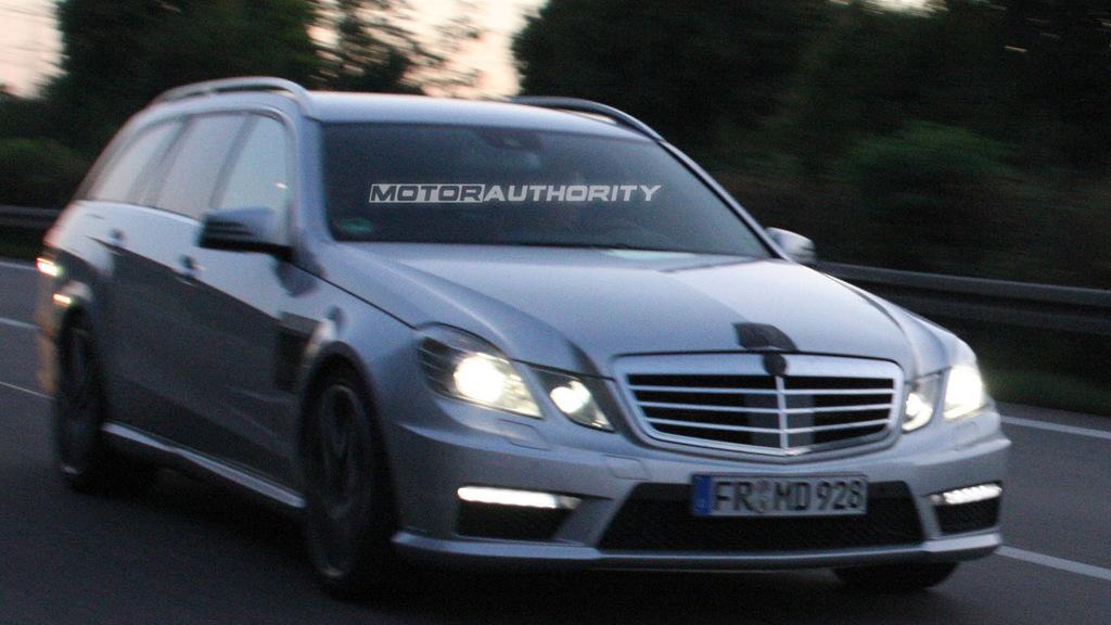 2011 Mercedes-Benz E63 AMG Estate spy shots