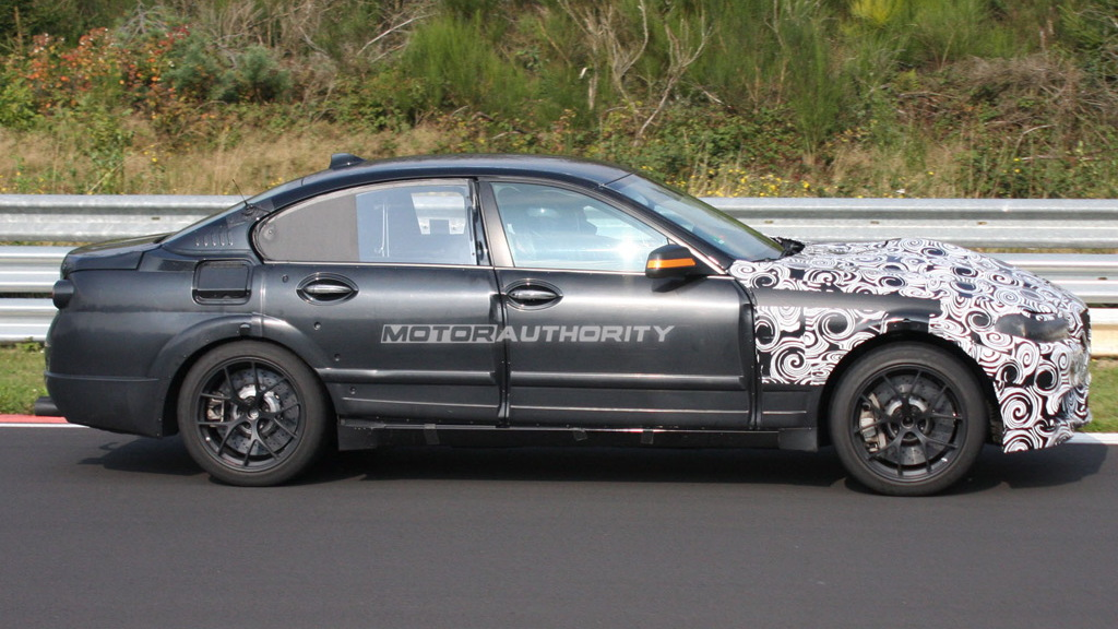 2011 BMW M5 spy shots