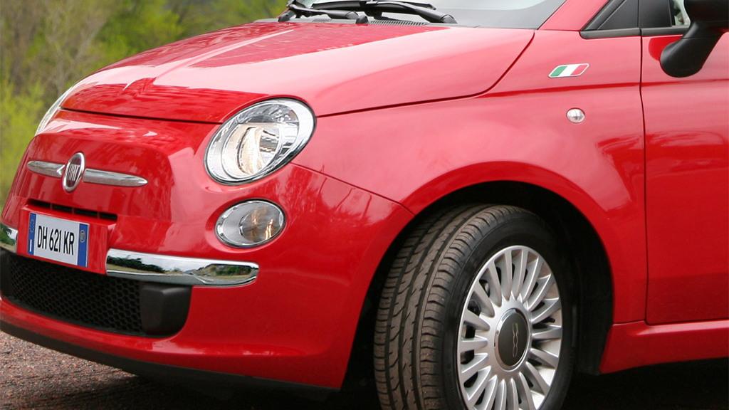 Fiat 500 four-door rendering