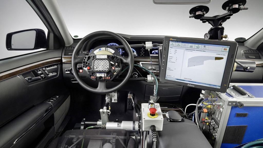 Mercedes-Benz Autopilot
