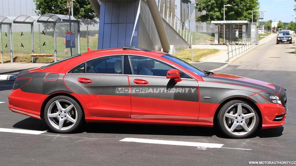 2011 Mercedes-Benz CLS spy shots