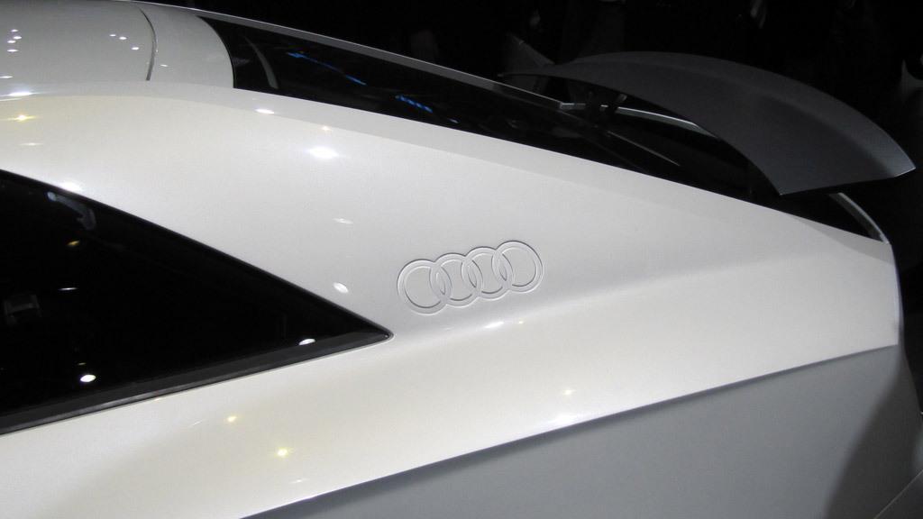 Audi Quattro concept - 2010 Paris Auto Show