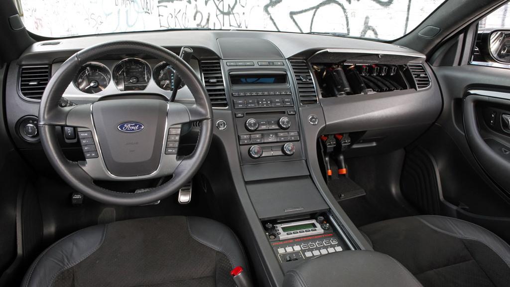 2010 Stealth Ford Taurus Police Interceptor Concept