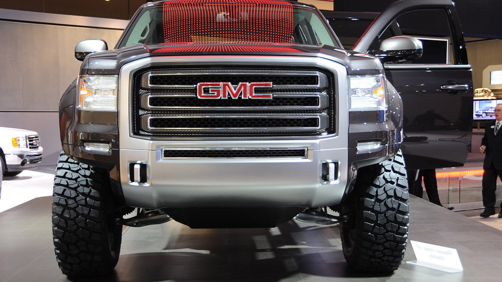 2011 GMC Sierra All Terrain HD Concept live photos. Photo by Joe Nuxoll.