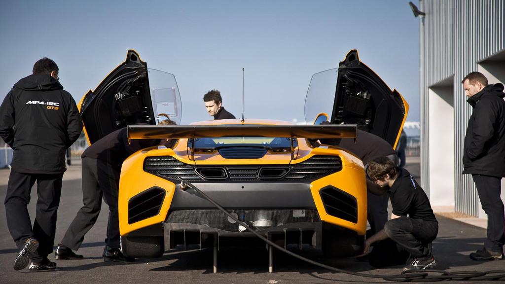 McLaren MP4-12C GT3 race car