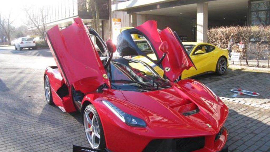 Ferrari LaFerrari up for sale - Image via SEMCO