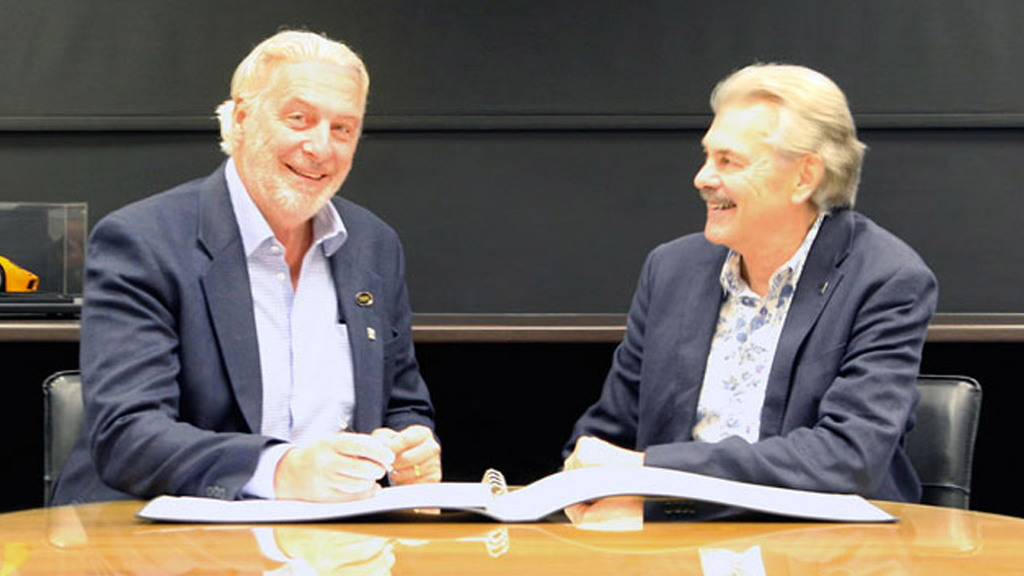 TVR chairman Les Edgar (left) and Gordon Murray