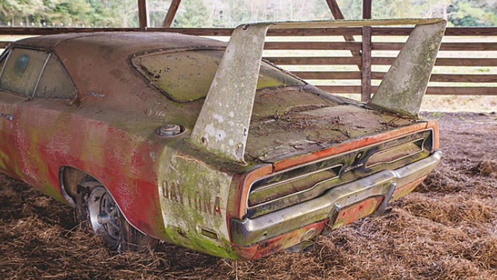 1969 Dodge Charger Daytona barn find - Image via Mecum Auctions